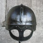 "Casque viking type ""Gjermundbu""-01"